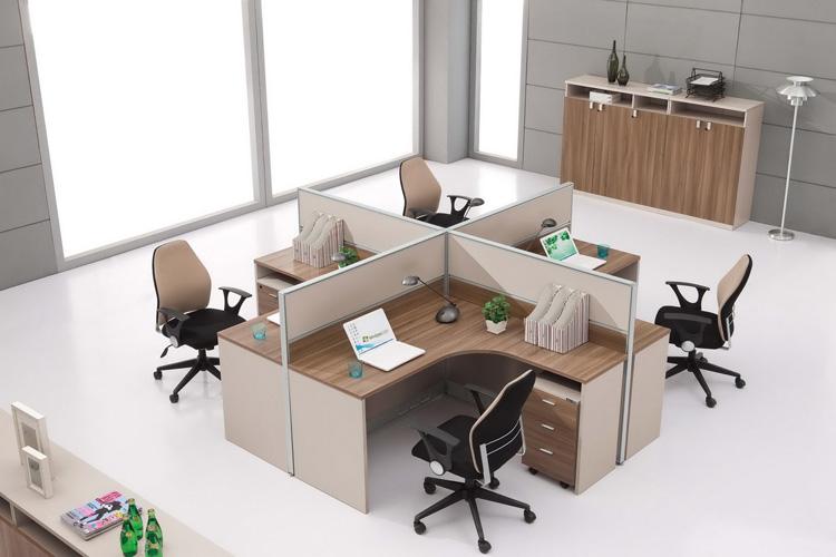 Không gian được tối ưu hết mức khi sử dụng bàn làm việc có vách ngăn