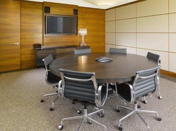 Mẫu bàn họp hình tròn dành cho phòng họp có kích thước nhỏ