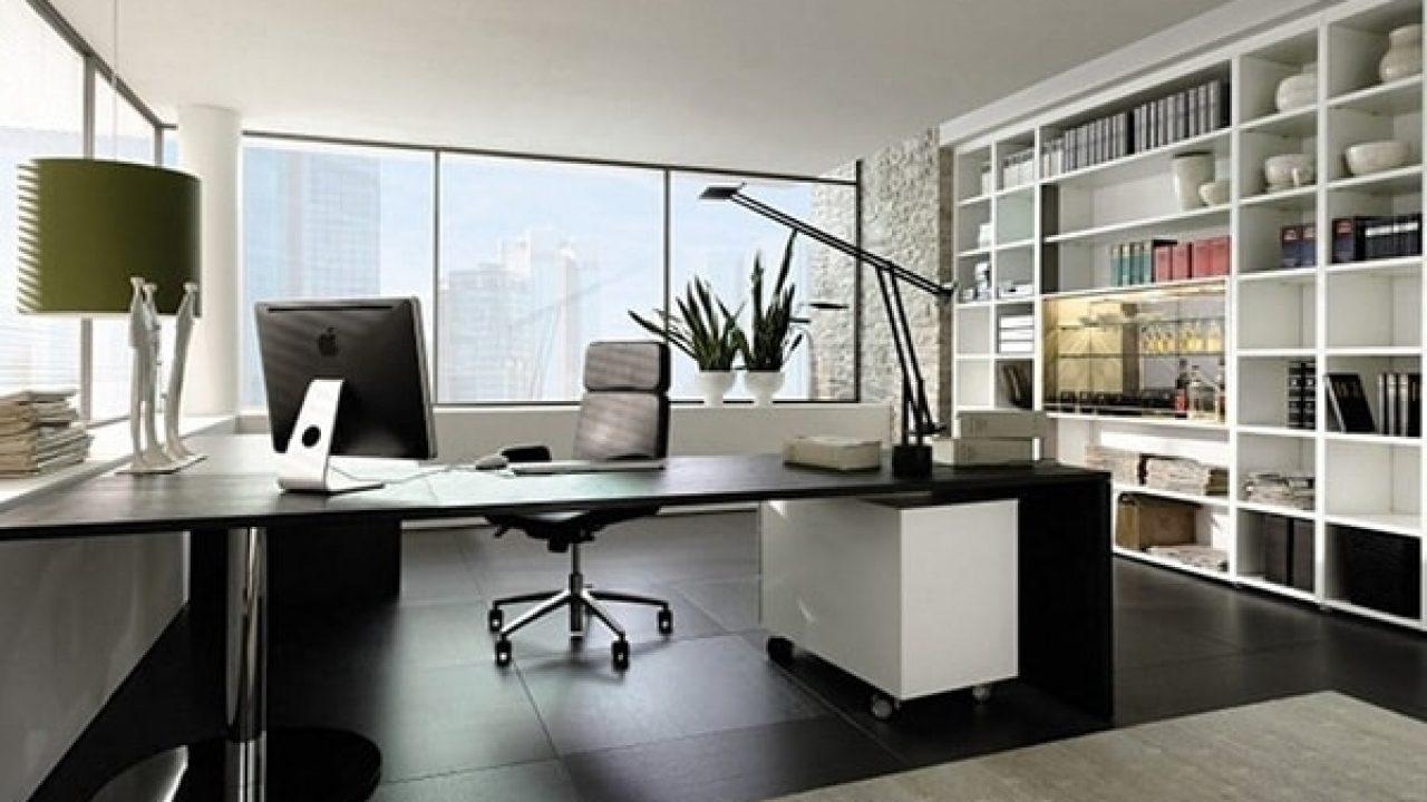 Vị trí đặt bàn làm việc khiến gia chủ dễ gặp rắc rối