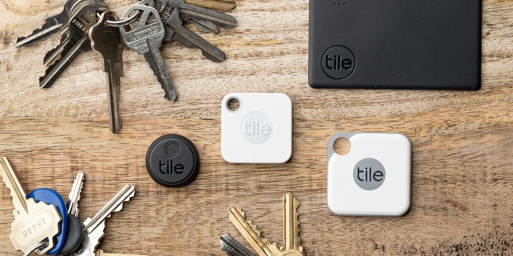 Chìa khóa và ví có thể cất gọn vào hộc bàn làm việc