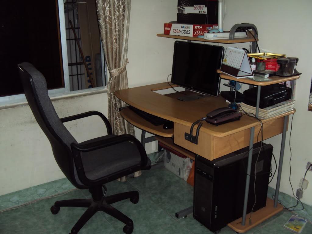 Bố trí bàn làm việc tại nhà